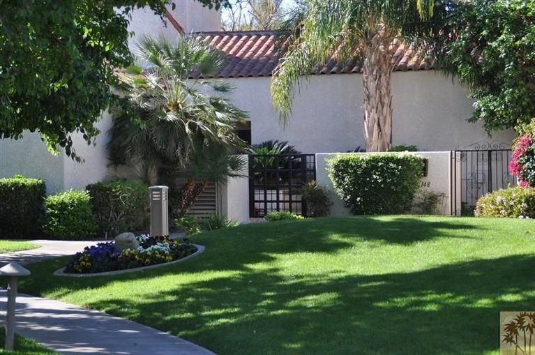 Fantastic Mt Views From this Beautiful Mission Hills Country Club Condo, holiday rental in Rancho Mirage