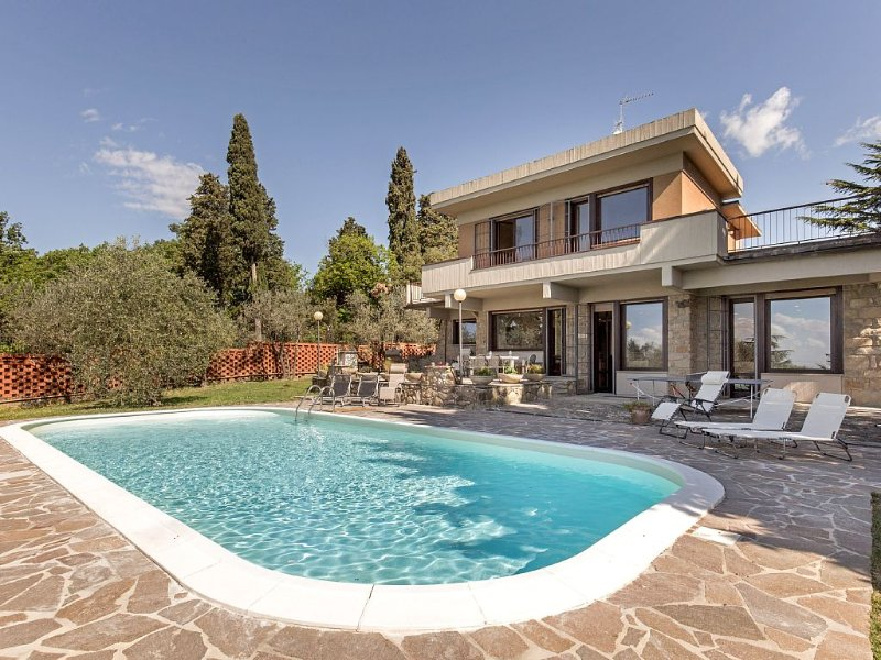 Luxury Panoramic Villa with swimming pool in Florence - Tuscany, vacation rental in Florence
