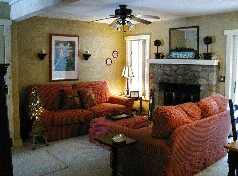 2 BR Duplex Townhouse Snow Ridge Village Jack Frost Mountain Poconos Blakeslee, holiday rental in Bear Creek