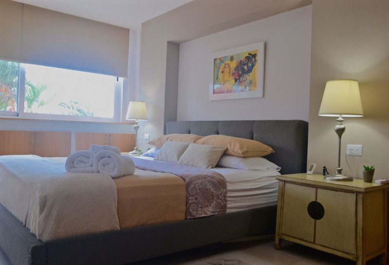 Easy Living, Simplistic Elegance, vacation rental in Santo Domingo de Heredia