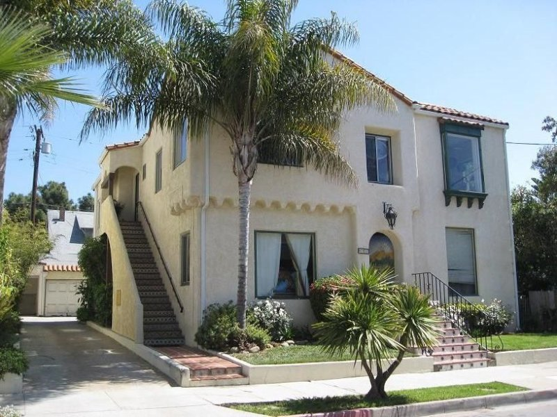 Mariposa- One Bedroom Flat; sweet getaway by the Beach!  newly renovated beauty, vacation rental in Santa Barbara