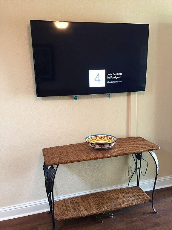 55' Smart TV