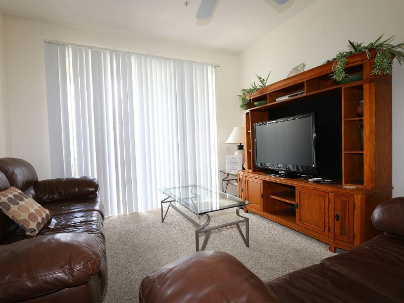 Break the Hotel Habit in a Windsor Palms Condo!, holiday rental in Four Corners
