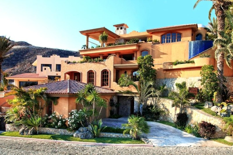 Newly Renovated Villa overlooking the Pacific Ocean, location de vacances à Cabo San Lucas