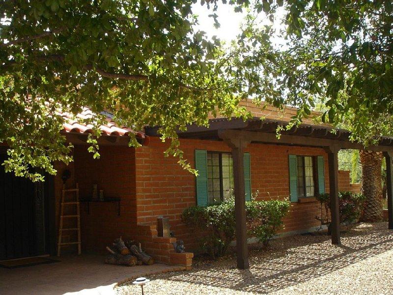Private Desert Gem,  Just A 1/2 Mile From Tubac Golf Resort And Spa, aluguéis de temporada em Arivaca