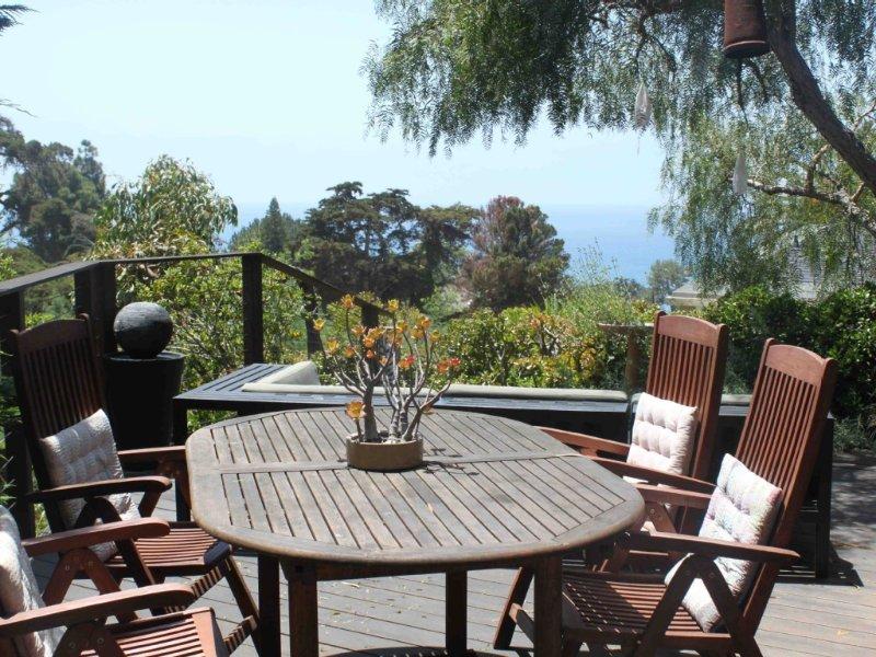 Ocean-View Hillside 2-Bedroom Bungalow Olde Del Mar, vacation rental in Del Mar