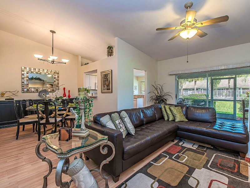 ** PRICE REDUCTION **     King George Villa at Naples 5 miles from Beaches, holiday rental in North Naples