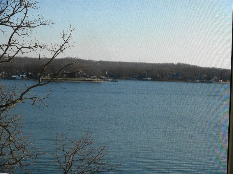 Gorgeous Main Channel Lakefront Condo at Regatta Bay., vacation rental in Lake Ozark