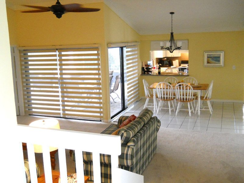 Indian River House Only 1/2  Mile To Jensen Beach, vacation rental in Jensen Beach