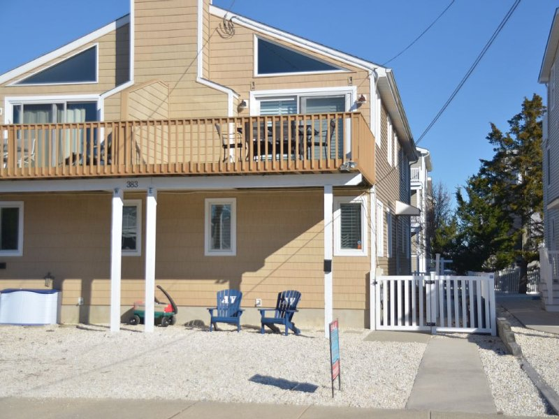 Perfect Avalon townhouse for your family vacation