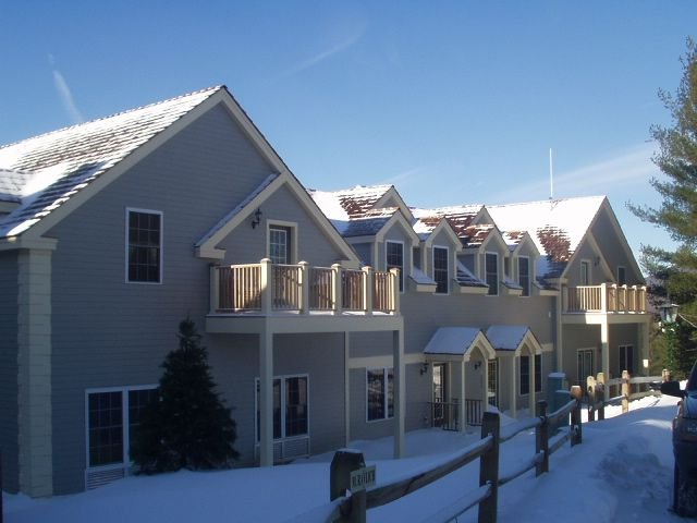 New Rates! BEAUTIFUL Ski-In/Ski-Out - Jiminy Peak Mountain Resort - Berkshires, alquiler vacacional en Hancock