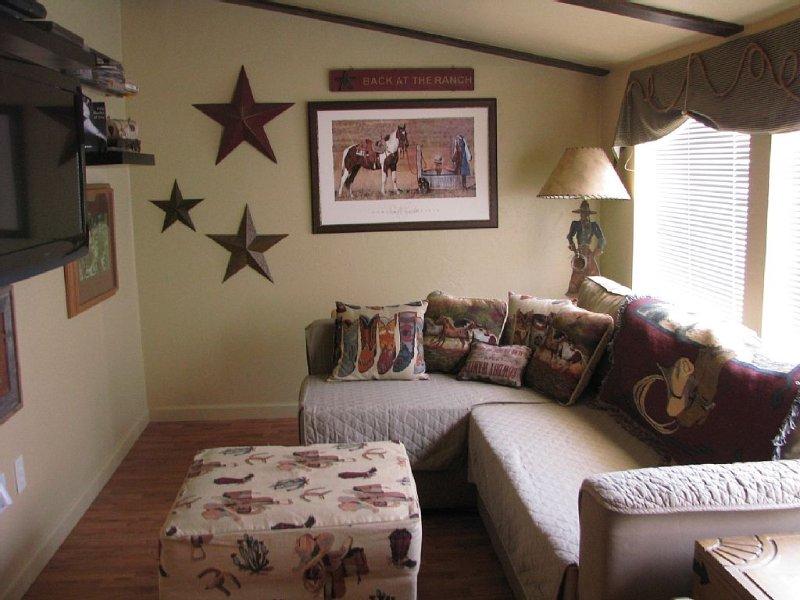 Studio Apartment In Historic Prescott Downtown, vacation rental in Prescott