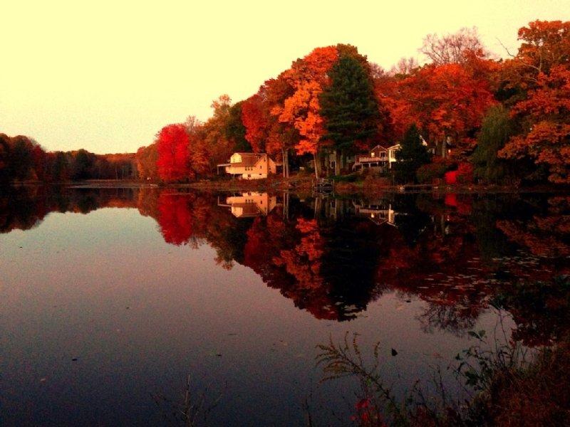 Beautiful Lake House Getaway, location de vacances à Pine Bush