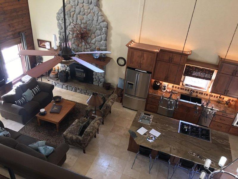 Fairplay ,CO Mountain Home, 35 minutes to Breckenridge & Buena Vista, holiday rental in Fairplay