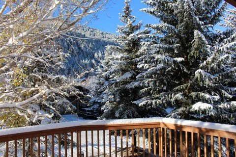 Newly Renovated Eagle Vail 4 bedroom Duplex with Hot Tub and Sauna. Sleeps 12. – semesterbostad i Avon