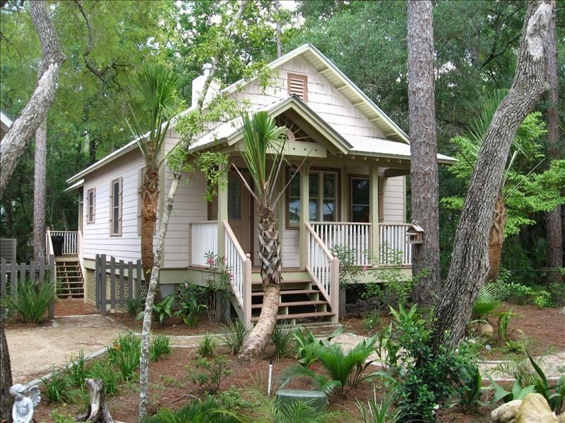 Honeymoon Cottage in Steinhatchee Landing Resort, holiday rental in Steinhatchee