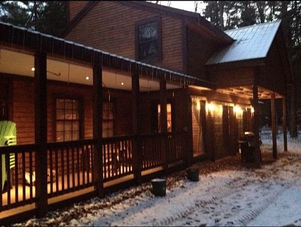 Adirondack Cabin On Beautiful Lake Brantingham, NY – semesterbostad i Forestport