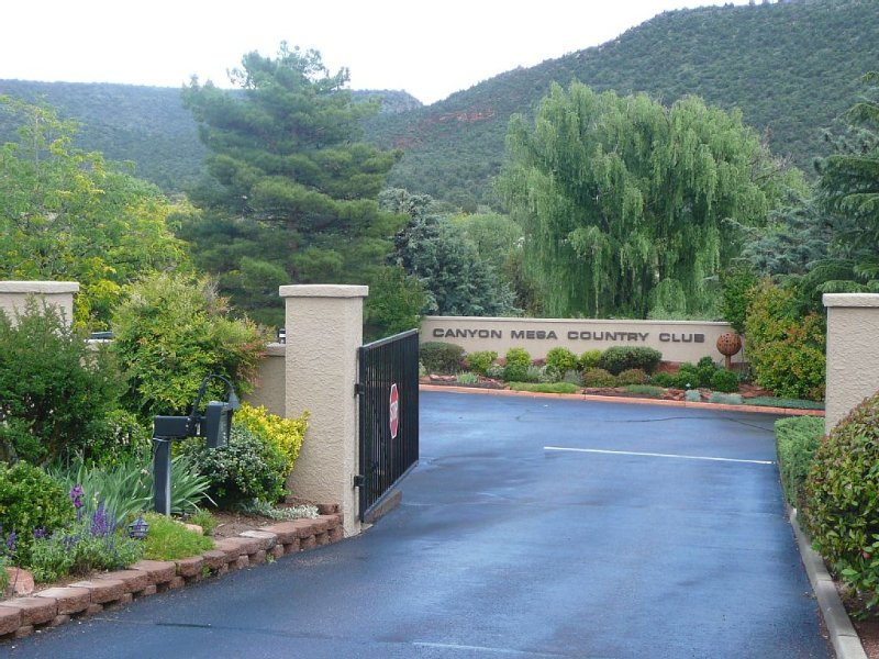 Charming Condo at the Canyon Mesa Country Club, Ferienwohnung in Sedona