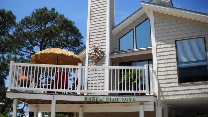 FREE welcome gift  when you stay with us....read our reviews!!, holiday rental in Port Saint Joe