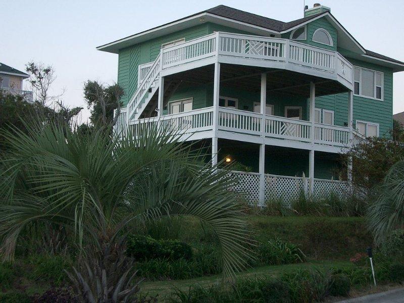 Beautiful 5br/5ba Oceanview Cottage, alquiler de vacaciones en Emerald Isle