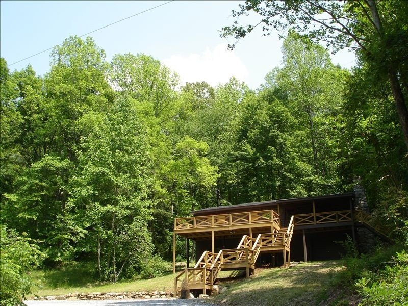 Four Winds Retreat on the Green River, vacation rental in Saluda