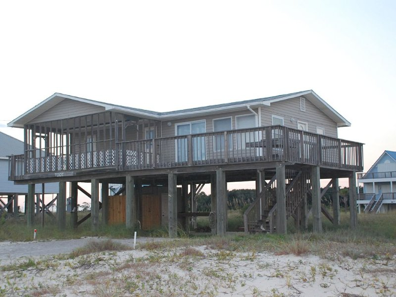 Charming Cottage With Beautiful Gulf Views - Perfect for Family Getaway!, alquiler de vacaciones en Fort Morgan