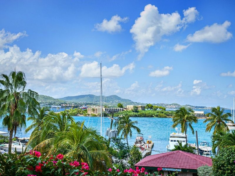 Gorgeous Condo With Heavenly Harbor And Ocean Views, And Close To Everything!, holiday rental in St. Croix