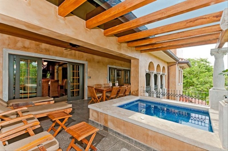 Great Room Terrace 2 with PRIVATE plunge pool