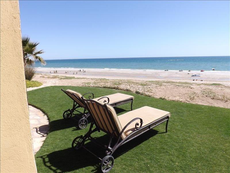 5 Bdrm/5 Bath Luxury Beachfront Home in Bella Sirena Resort, vacation rental in Puerto Penasco