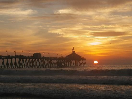 Beach Vacation Escape!       Beautiful view - free secure parking - free Wi-Fi, casa vacanza a Imperial Beach