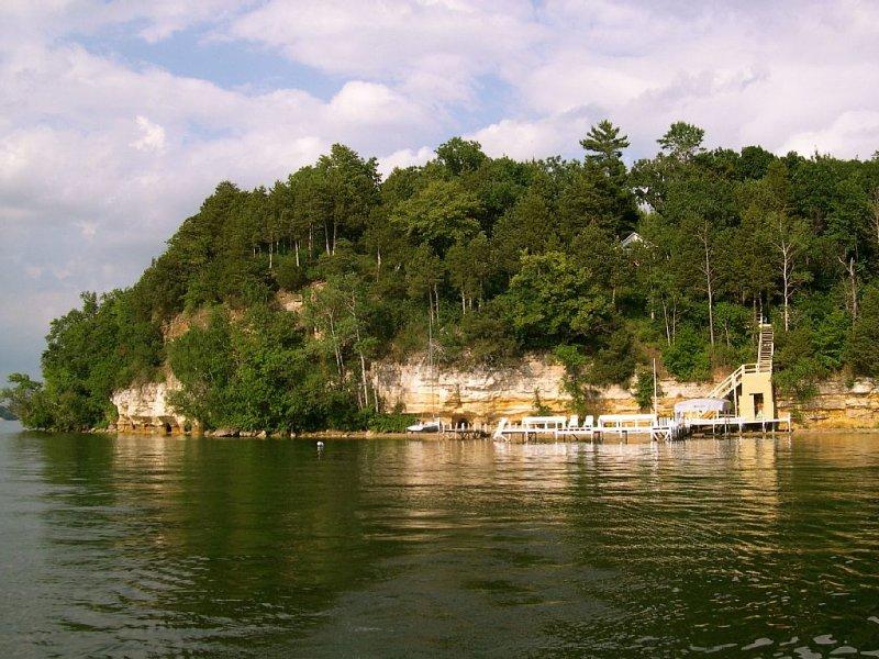 Historic Sandstone Bluff