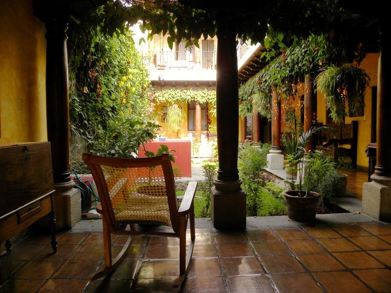 Beautiful Colonial Home Set in Old Antigua City, vakantiewoning in Guatemala