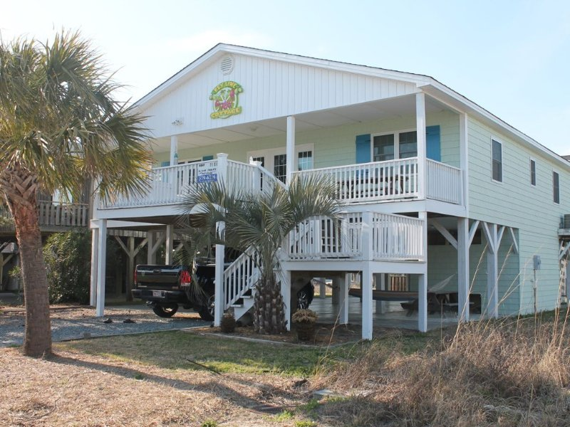Cute!  Newly Remodeled Oib Cottage 2nd Row, 3 Blocks From Pier!, vacation rental in Ocean Isle Beach