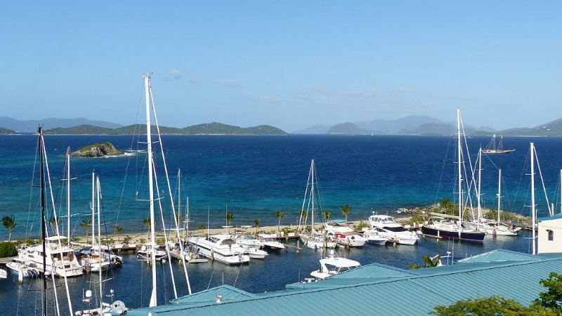 Amazing Turquoise Water Views Near Sapphire Beach/Marina, location de vacances à Red Hook