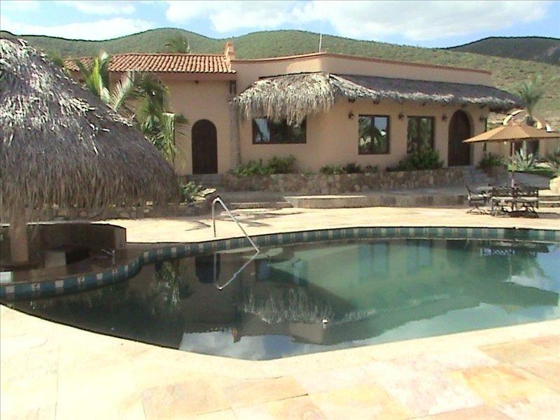 Estate Guesthouse, holiday rental in El Cardonal