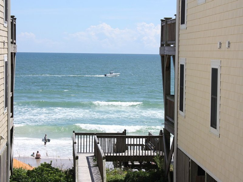 Townhome Steps From the Beach, Newly Renovated, Quiet Neighborhood, holiday rental in Surf City
