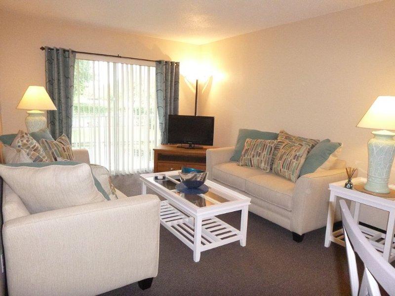 Shorewalk rental By Owner/Condo 2bed/2bath/IMG Academy /Anna Maria Island, vacation rental in Bradenton