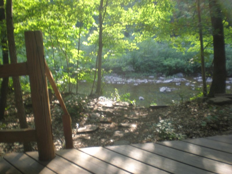 Log Cabin on Sleepy Creek- Enjoy the Seclusion and Sounds of the Water, holiday rental in Mercersburg