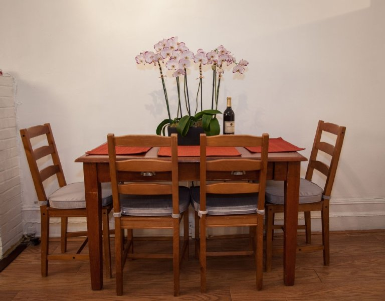 Excellent Studio Apartment By Central Park, vakantiewoning in New York