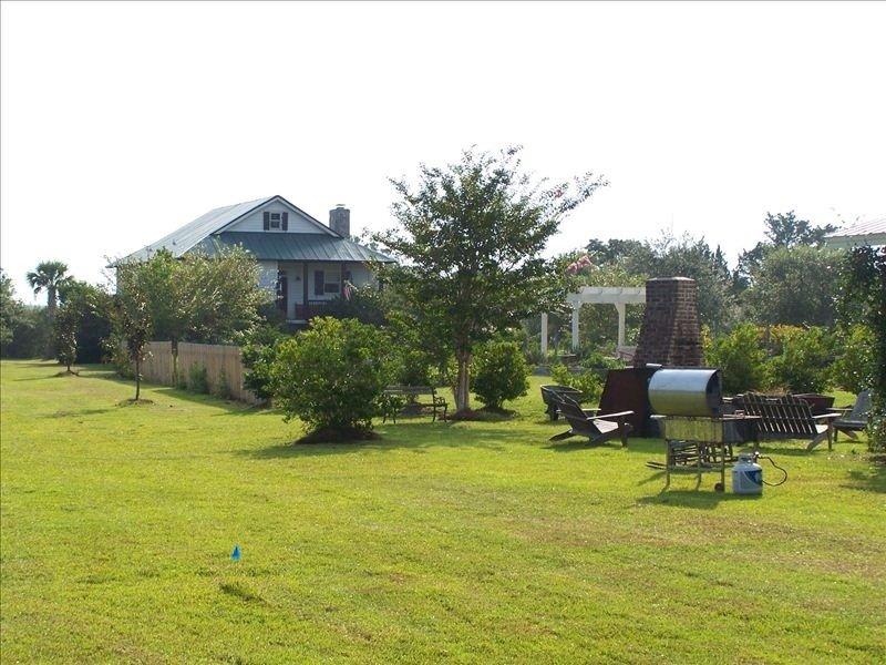 Jenkins Creek Farm House, holiday rental in Saint Helena Island