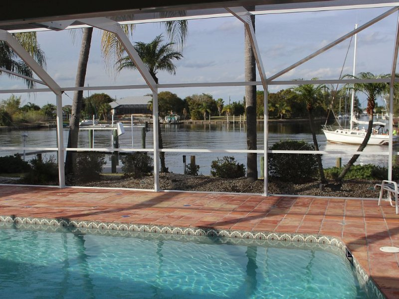 TROPICAL OASIS - Just Minutes To Downtown Punta Gorda, vacation rental in Port Charlotte