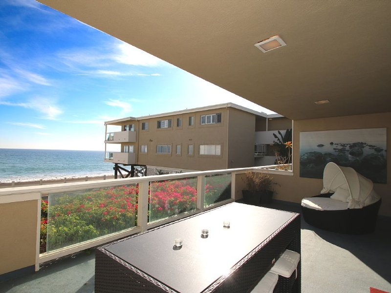 Spectacular Malibu Beach Front, holiday rental in Malibu