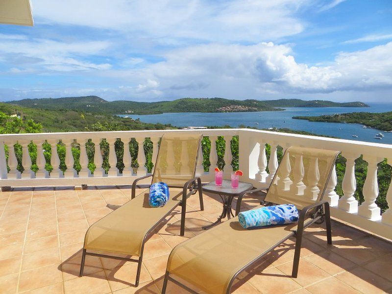 Spectacular Ocean Views, Spacious Home, Private, Quiet Location, holiday rental in Culebra