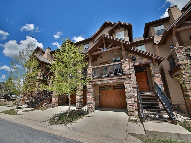 Fantastic downtown townhouse. Perfect for 2 families or group., vacation rental in Winter Park