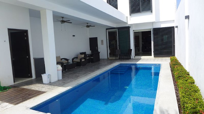 Relaxing Vacation- (Great location with a fantastic private pool), alquiler vacacional en Costalegre