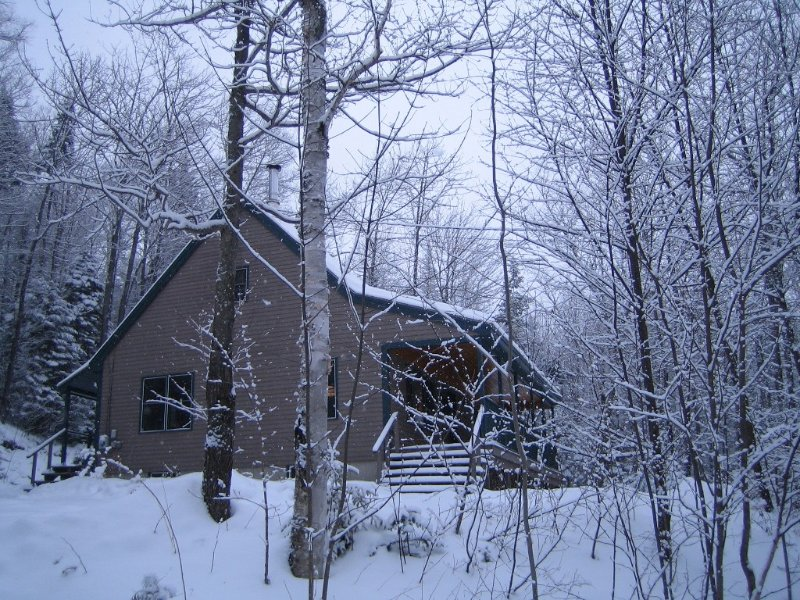 Charming Private Vacation Home - 15 Minutes to Sunday River, holiday rental in Woodstock