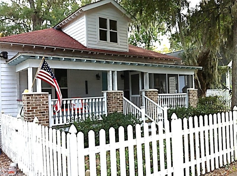 Magpie Cottage in the Heart of Beaufort, vacation rental in Beaufort