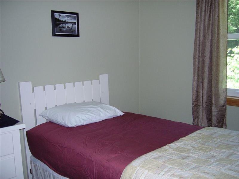 level 2, small single bedroom