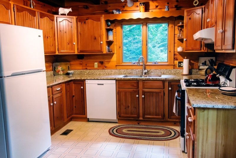 Well-equipped kitchen,  every amenity for the family chef.  Stocked pantry too!