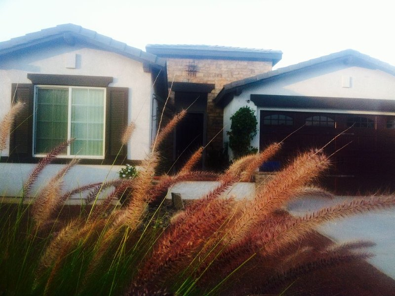 Steps away from the Indio Polo Club, holiday rental in Coachella